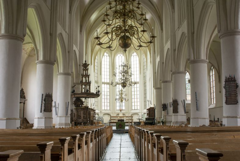 Interieur Martinikerk in Bolsward